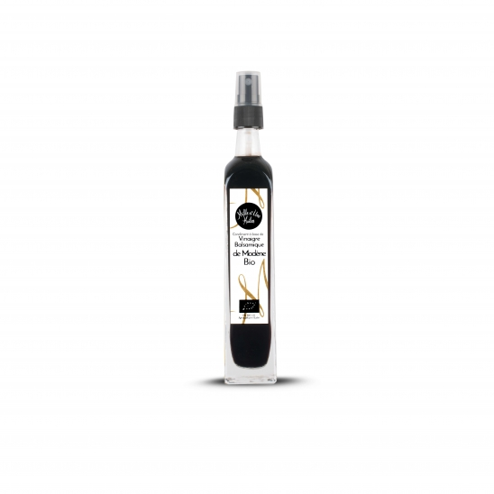 Balsamic vinegar from Modena with spray